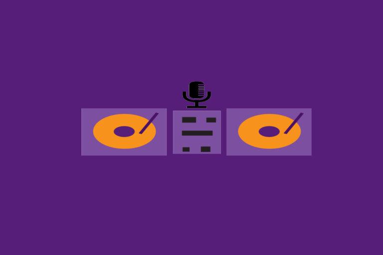 Digitaalisessa piirroksessa on kaksi levysoitinta ja mikrofoni violetilla taustalla.